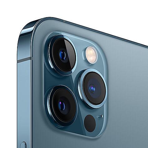 apple_iphone12promax_blue_focusback_001.jpg